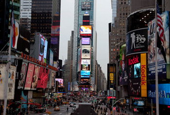 Реклама Shen Yun в Нью-Йорке на Times Square. Фото: Великая Эпоха/Германия