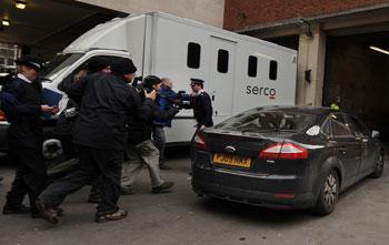 Джулиан Ассандж, глава Wikileaks  арестован на неделю.Фото:BEN STANSALL/Getty Images