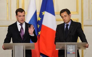 Президент России заявил в Париже, что ситуация вокруг иранской ядерной программы