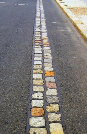 На этом месте раньше проходила Берлинская стена. Фото с 5an.kz