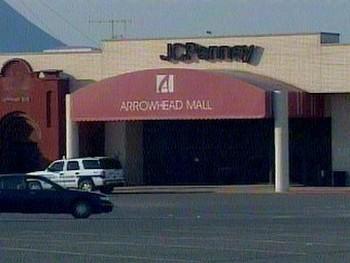Торговый центр в Маскоги. Кадр телеканала KTUL