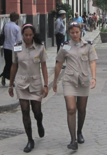 Кубинские полициейские. Фото: travel.oper.ru