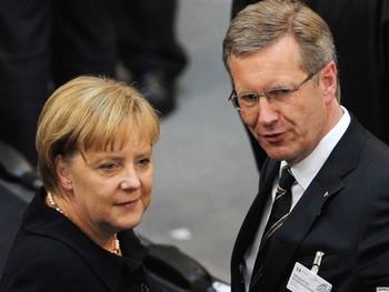 Кристиана Вульфа поддерживала канцлер ФРГ Ангела Меркель. Фото: ЕРА