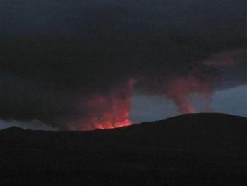 В Конго началось извержение вулкана Ньямлагира. Фото с donbass.ua