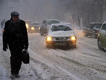 Последствия снегопада в Одессе. Фото с lenta.ru