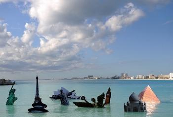 Уровень моря повышается больше ожидаемого. Фото: JUAN BARRETO/AFP/Getty Images