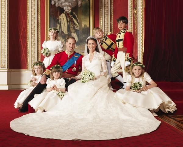 Опубликованы официальные фотографии принца Уильяма и Кейт Миддлтон. Фото: Hugo Burnand/Clarence House - WPA Pool/Getty Images
