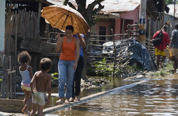 Наводнение в Колумбии оставило сотни тысяч человек без крова, погибли более 400 человек. Фото: GUILLERMO LEGARIA/AFP/Getty Images
