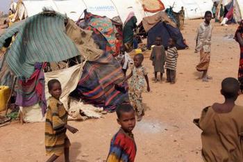 Транзитный лагерь беженцев  в Доло Адо, в Эфиопии. Во время встречи в Риме 25 июля обсуждалась возможность оказания скорейшей помощи голодающим. Фото: abendblatt.de