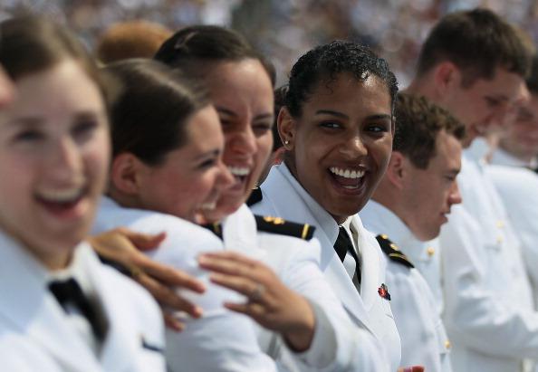 Фоторепортаж  о выпускной церемонии курсантов Академии ВМС США. Фото: Mark Wilson/Getty Images