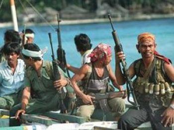 Американский  суд  приговорил  пиратов к  пожизненному заключению. Фото с www.lenta.kz