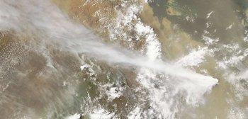 Извержение вулкана в Африке: эксперты назвали не тот вулкан. Фото: AFP PHOTO / NASA MODIS