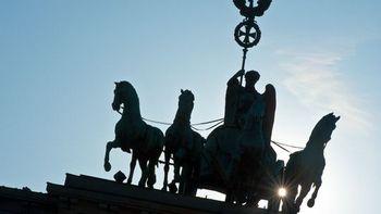 Совет попечителей премии «Квадрига» отказался от вручения премии Путину. Фото с zeit.de
