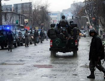 Афганистан: В Кандагаре, в результате взрывов, погибли не менее 30 человек. Фото:  MASSOUD HOSSAINI/Stringer/Getty Images News