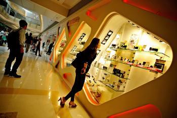 Китай жестко отреагировал на предупреждение Обамы об  открытии китайских рынков для американских товаров. Фото:  PHILIPPE LOPEZ/AFP/Getty Images