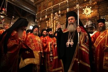 Христиане-палестинцы: Святая земля не продается. Патриарха Феофила обвиняют в том, что он продолжает сдавать земли израильским инвесторам, Фото: GALI TIBBON/AFP/Getty Images