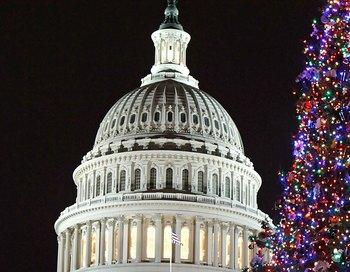 Эксперты полагают, что Сенат поддержит позицию членов нижней палаты парламента. Фото:  Chip Somodevilla/Getty Images