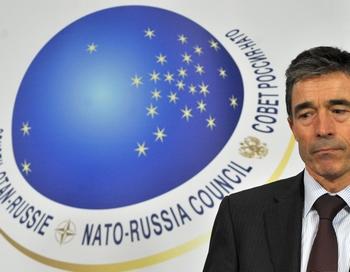 Между Россией и НАТО возобновляется военное сотрудничество. Фото:  GEORGES GOBET/AFP/Getty Images