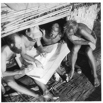 Участники путешествия Тура Хейердала через Тихий Океан на плоту