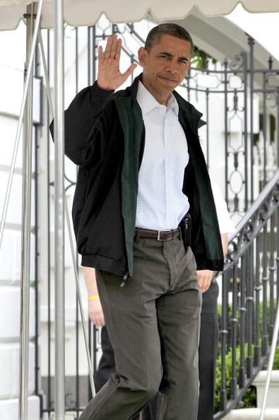 Барак Обама прибыл в разрушенный торнадо город Джоплин.  Фото:  Ron Sachs-Pool/Getty Images
