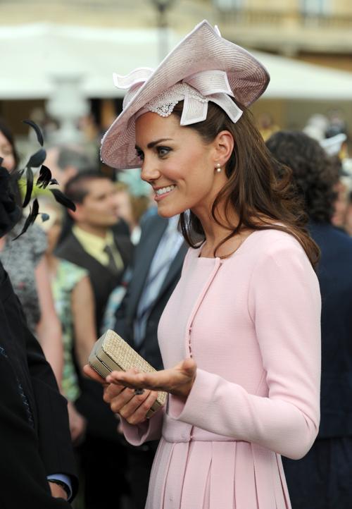 Екатерина, герцогиня Кембриджская на вечере в Букингемском дворце. Фоторепортаж. Фото: Carl Court - WPA Pool /Getty Images