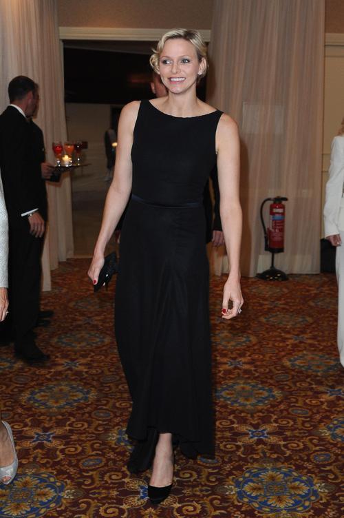 Принцесса Монако Шарлин  посетила гала-ужин на Международных соревнованиях по плаванию. Фоторепортаж. Фото: Pascal Le Segretain/Getty Images