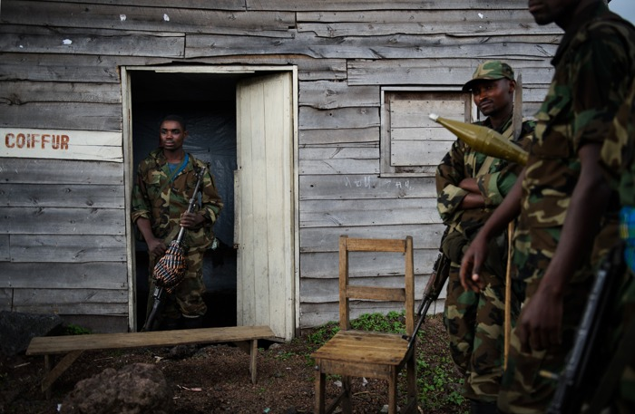 Военные действия в окрестностях города Гомы в Демократической республике Конго 18 ноября 2012 года. Фоторепортаж. Фото: PHIL MOORE/AFP/Getty Images