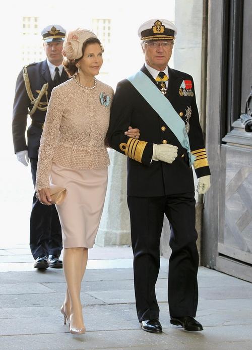 Крестины шведской принцессы Эстель.  Король и королева  Швеции Карл XVI Густав и Сильвия. Фоторепортаж. Фото: Chris Jackson/Getty Images