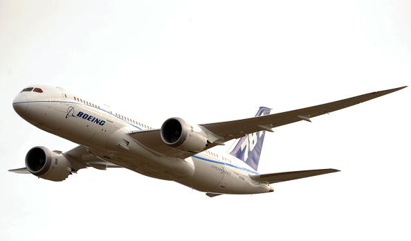 «Фарнборо-2010» (Farnborough 2010). Boeing 787  - «Лайнер мечты» (Dreamliner). Фото: BEN STANSALL/AFP/Getty Images