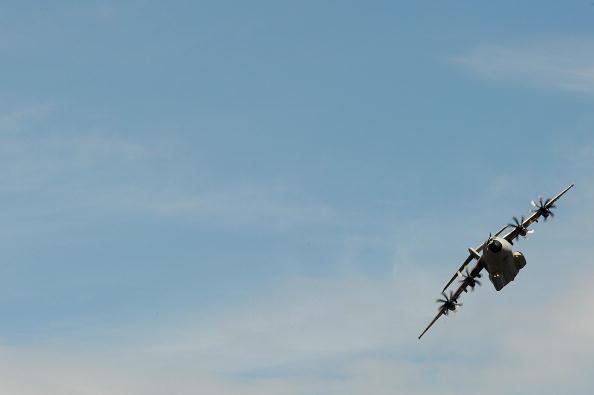 «Фарнборо-2010» (Farnborough 2010). Подписание контрактов. Фото: BEN STANSALL/AFP/Getty Images