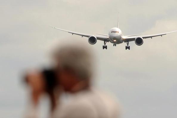 «Фарнборо-2010» (Farnborough 2010). Boeing 787  - «Лайнер мечты» (Dreamliner). Фото: BEN STANSALL/AFP/Getty Images