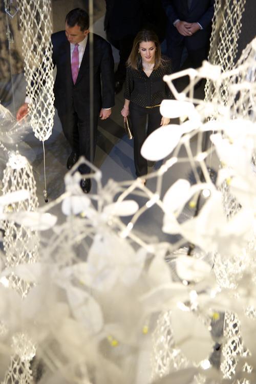 Принц и принцесса Испании Фелипе и Летиция приняли участие в открытии  Espacio Fundacion Telefonica. Фоторепортаж.  Фото: Carlos Alvarez/Getty Images