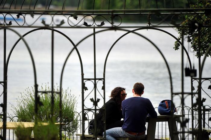 Отдых  в  Гайд-парке Лондона. Фоторепортаж. Фото: Bethany Clarke/Getty Images