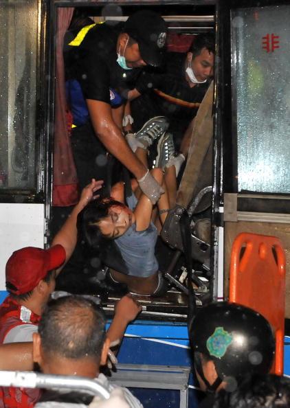 штурм автобуса,.в Маниле. Фоторепортаж. Фото: JAY DIRECTO/AFP/Getty Images