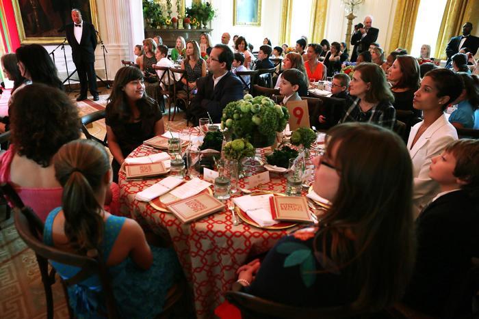 В Белом доме на  обеде для детей, победивших в конкурсе «Здоровый образ  жизни». Фоторепортаж. Фото: Alex Wong/Getty Images