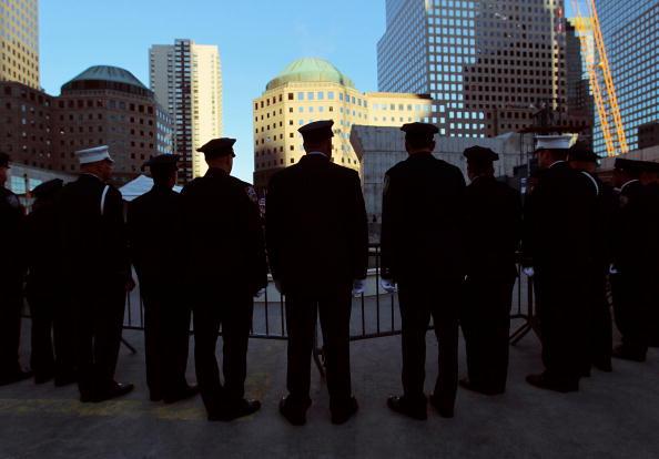 Башни-близнецы 11 сентября 2001 года в Манхеттене были разрушены террористами. Сегодня на месте теракта огласят списки погибших. Фото: Spencer Platt John/Angelillo-Pool/Getty Images