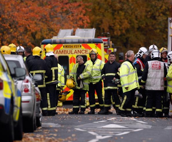 Взрыв газа разрушил три дома в Манчестере, в Англии, из-под руин извлекли семь человек. Фоторепортаж. Фото: Christopher Furlong/Getty Images