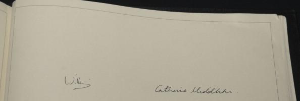 Принц Уильям и Кейт Миддлтон в предсвадебном турне по стране. Фото:  Indigo/Chris Jackson/Christopher Furlong/David Parker - WPA Pool/Getty Images