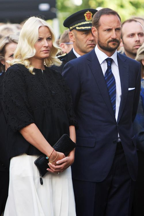 Годовщину со дня гибели 77 жертв двойного теракта отметили в Осло.  Фоторепортаж. Фото: Ragnar Singsaas/Getty Images