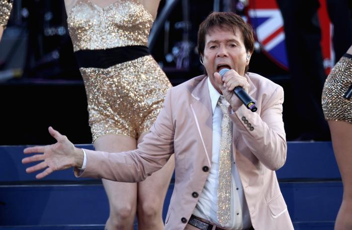 Концерт звезд  в честь бриллиантового юбилея  прошёл в Букингемском дворце. Sir Cliff Richard. Фоторепортаж. Фото: Dan Kitwood/Getty Images