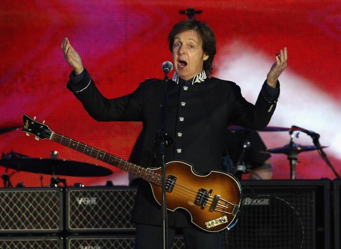 Концерт звезд  в честь бриллиантового юбилея  прошёл в Букингемском дворце. Sir Paul McCartney. Фоторепортаж. Фото: Dan Kitwood/Getty Images