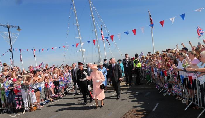 Королева Елизавета II посетила остров Уайт. Фоторепортаж. Фото: Chris Jackson/Getty Images