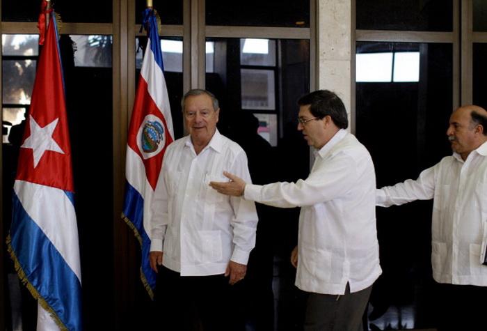 Куба принимает послов. Фото: Franklin Reyes/AFP/Getty Images