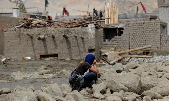 Лех, Индия. Мощные ливни на севере Индии, обрушившиеся  6 августа, вызвали разрушительные наводнения. Фоторепортаж. Фото: MANAN VATSYAYANA/AFP/Getty Images