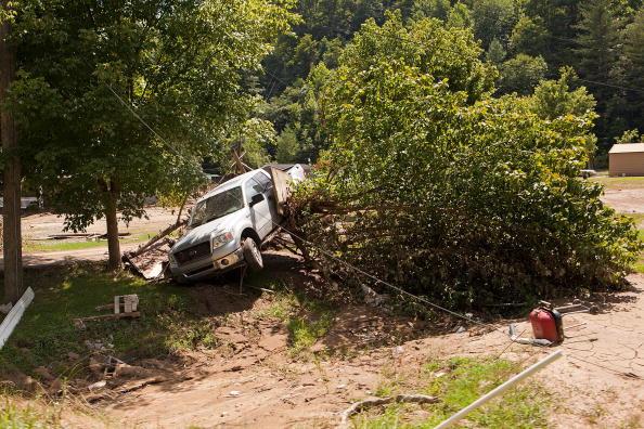 Последствия разрушительного наводнения в американском штате Кентукки. В помощь пострадавшим от наводнения организованы передвижные прачечные. Фоторепортаж. Фото: Joey Foley/Getty Images for Tide