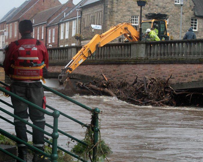 Сильное наводнение в Англии, погибли четыре человека | Великая Эпоха