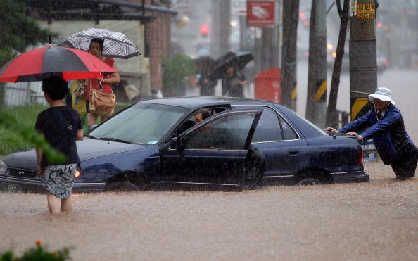 Наводнение в Южной Корее. Фото: Chung Sung-Jun/Getty Images