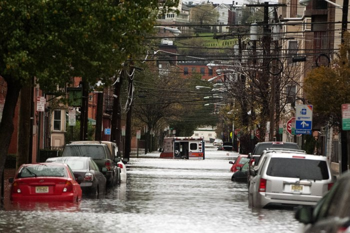 Фоторепортаж о последствиях урагана «Сэнди» в городах Восточного побережья США. Часть 3. Фото: Allison Joyce/Getty Images