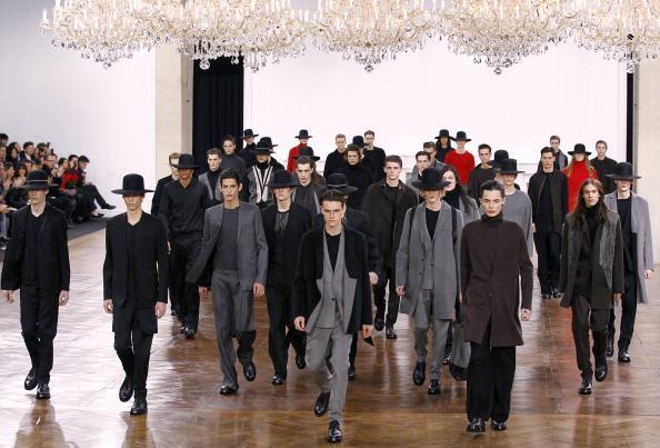 Показ мужской коллекции Джона Гальяно Christian Dior осень-зима 2011-2012 в Париже. Фото: FRANCOIS GUILLOTT/AFP/Getty Images