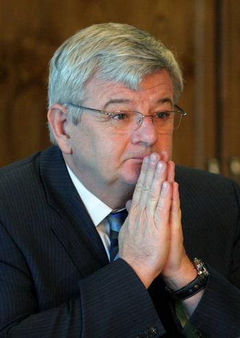 Экс-министр иностранных дел Йошка Фишер потрясен участием министерства иностранных дел в Холокосте. Фото: VAHID SALEMI/AP Photo